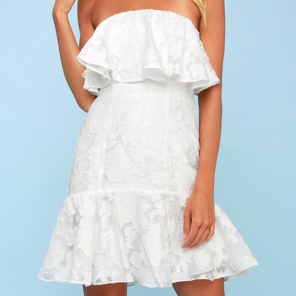 39e43a16a00 KEEPSAKE the Label Dresses   Skirts - Keepsake the Label Radar Strapless  Ruffle Dress M